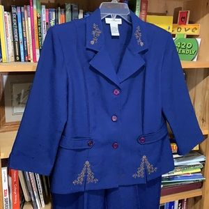 SAG HARBOR Dress-blue 2pc suit w/pleated pants